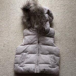 Gap girls warm vest with fur hood